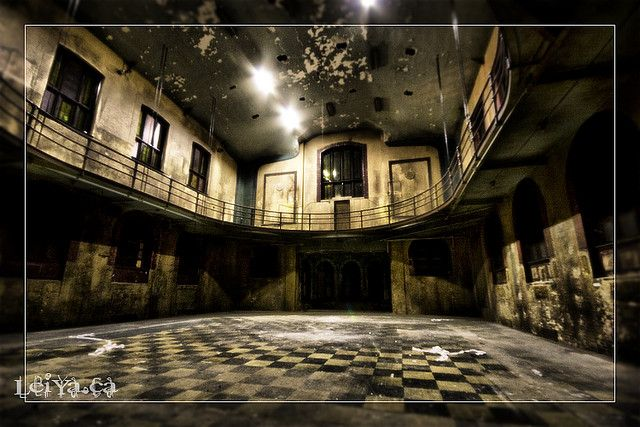 Brittain hall quebec abandoned and abandoned places for College john abbott piscine