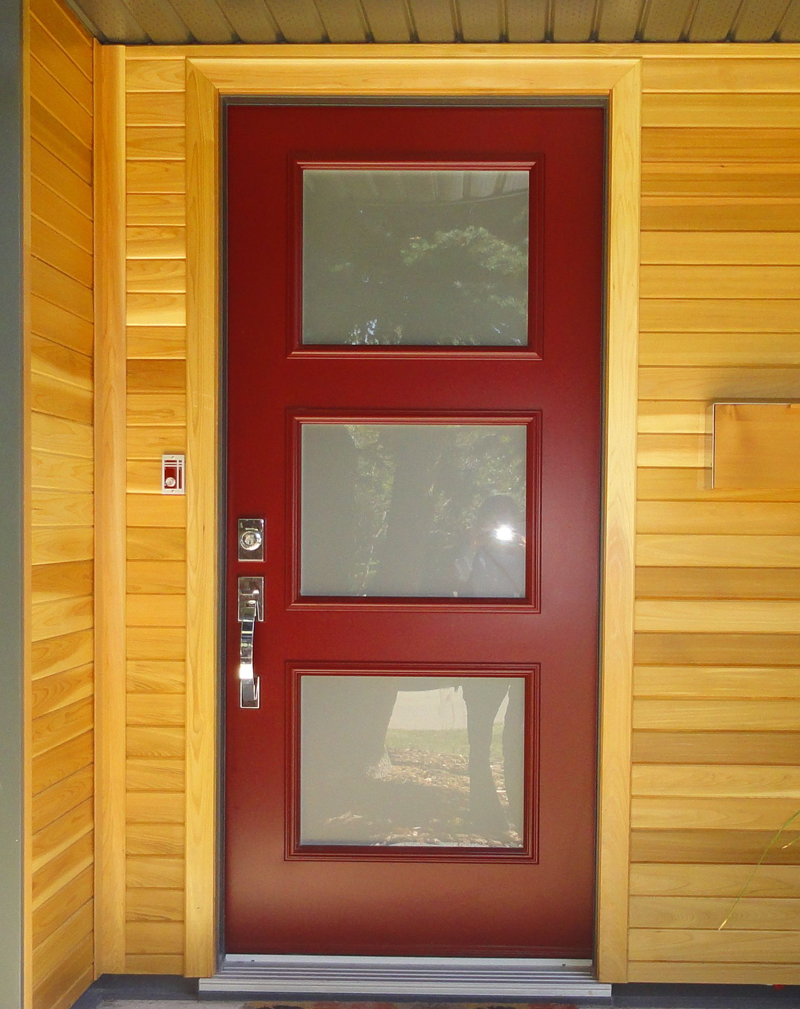 Single Entry Doors acid etched glass insertportatec, portatec dark red coloured