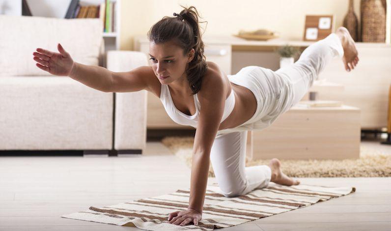 5x Heerlijke Yoga At Home Workouts Fitgirlcode Hacer Yoga En Casa Ejercicios Para Hacer En Casa Hacer Yoga