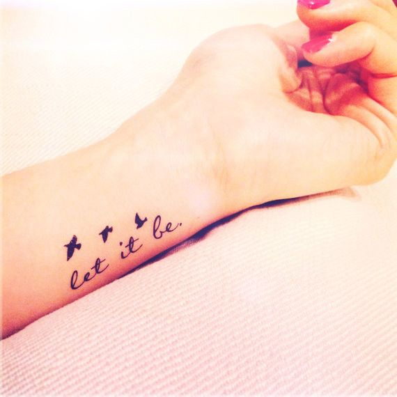 This set includes 2pcs Let it be quote tattoo with tiny birds silhouette Color: BlackSize: approx. 4.5cm x 1.5cm each