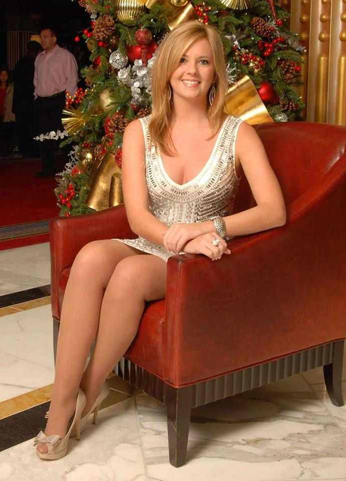Gorgeous Legs Cute Dress And Shoes Cougars
