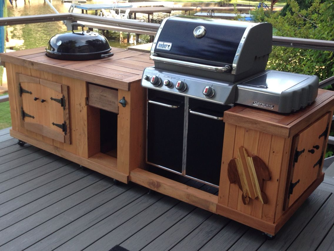 Weber Genesis Outdoor Küche : Bbq from pallet boards grillplatz outdoor küche