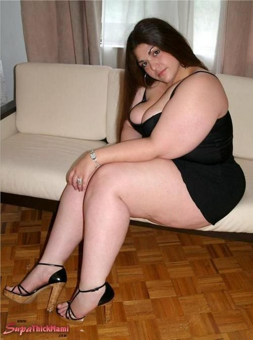 chick with curves photo curvy and sexy pinterest