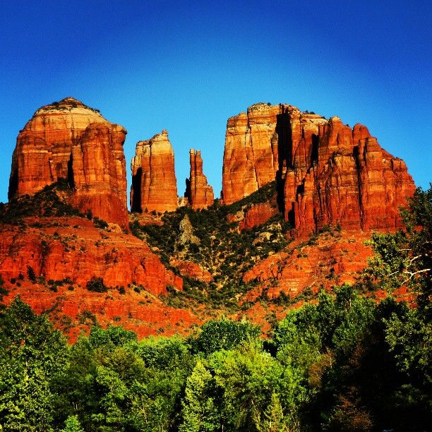 #sedona #arizona #cathedralrock #redrockcrossing #love #travelingram #travelgram #travel #Padgram