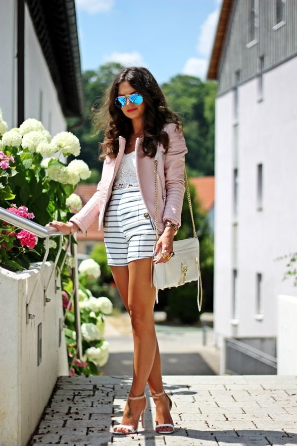 http://www.fashionhippieloves.com/2014/07/pastel-marine-outfit.html