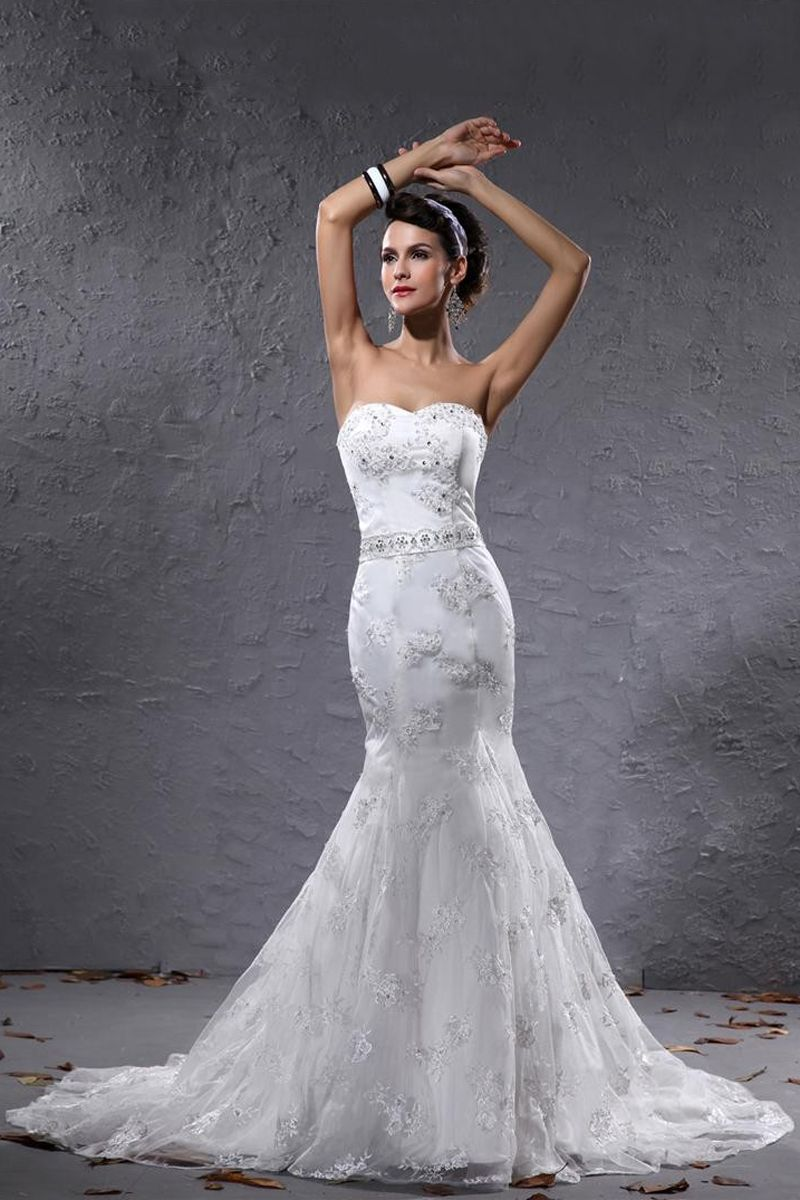 Mermaid White Lace Court Train Sweetheart Wedding Dress