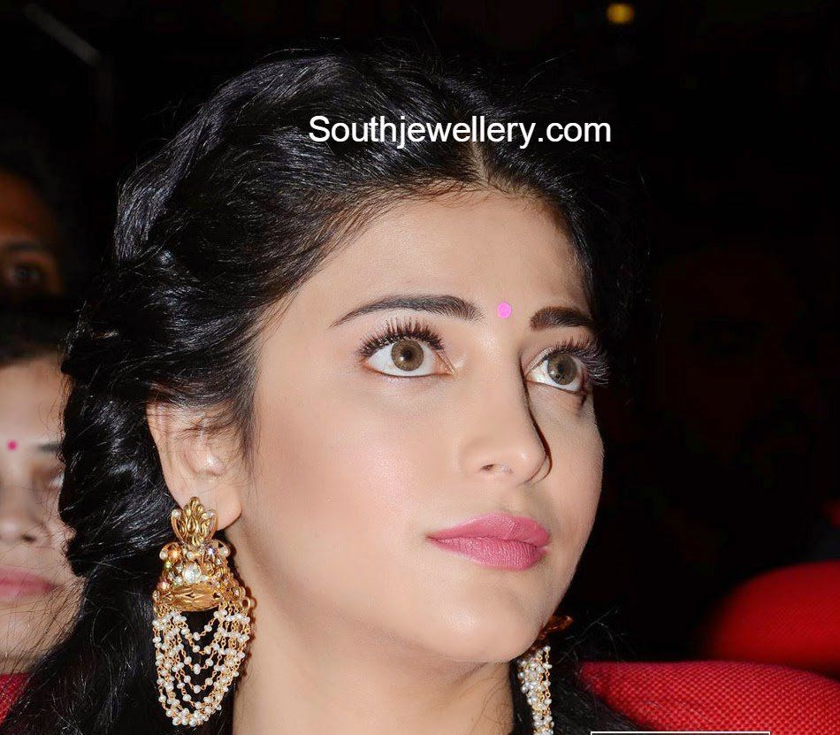 shruti hassan pearl earrings | Women\'s fashion | Pinterest
