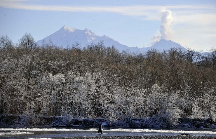 Shiveluch volcano erupts in Russia's Far East Volcano