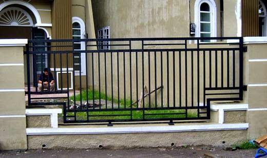 Model iPagari Rumah iMinimalisi Dari iBesii Bentuk Kotak Fence