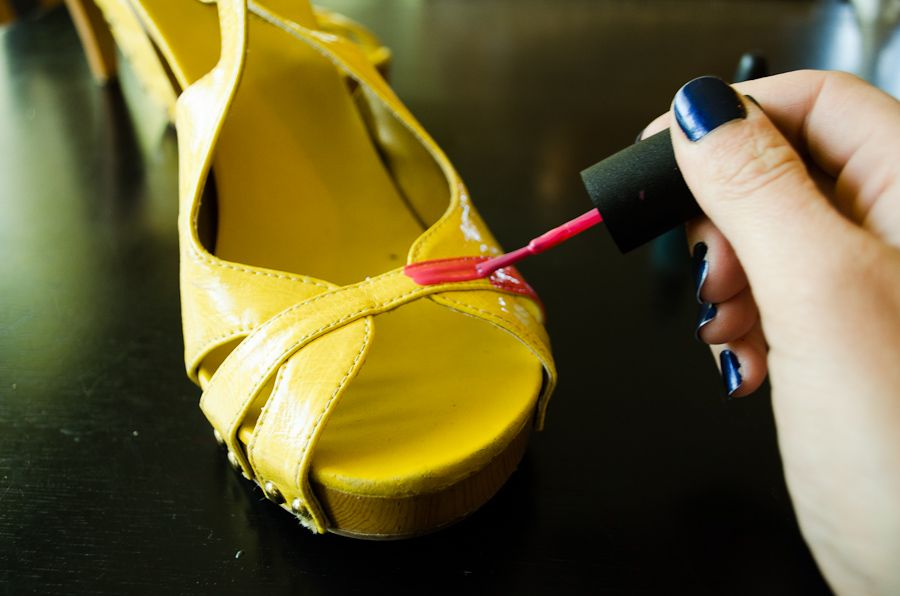 How to renew your shoes by painting with nail polish for How to renew old nail polish