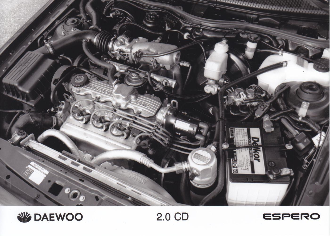 Daewoo Espero 2.0 CD engine Car factory press photos