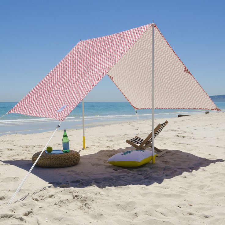 Designed For Fun Day At The Beach The Carry Case Creates Easy Transport A Easy Quick Set Up And Enough Room For The Ent Beach Shade Beach Tent Beach Gadgets