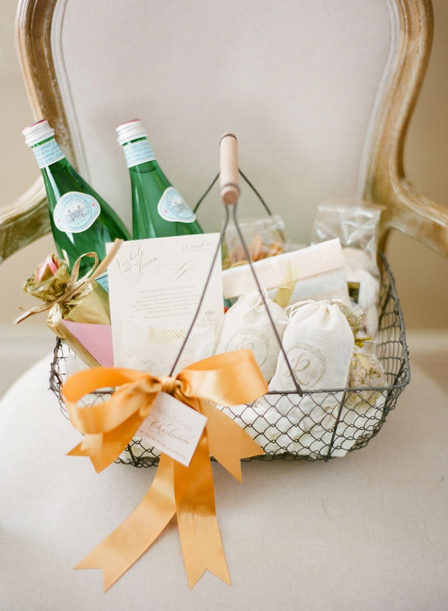 Charleston, SC wedding welcome basket. Image by KT Merry ...