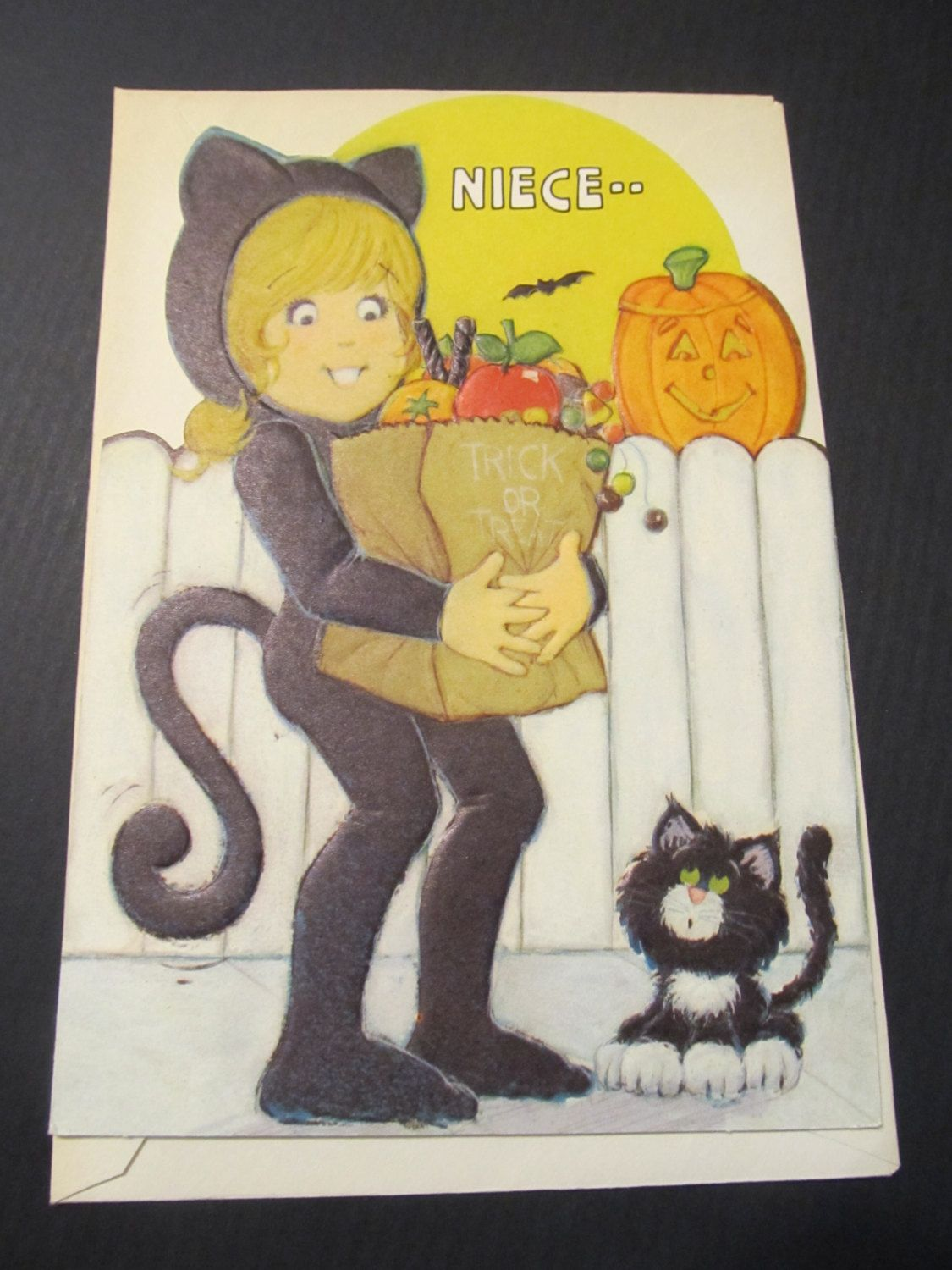 Niece.. Happy Halloween! Greeting Card, FREE SHIPPING by
