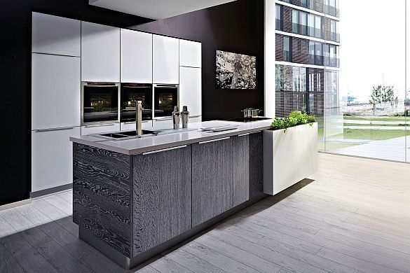 Offene Wohnküchen liegen im Trend (mpt-14\/47832a) Viele Menschen - offene wohnkchen