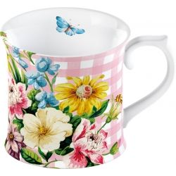 Pretty as a picture gorgeous vintage shabby chic mug from the Katie Alice English Garden collection