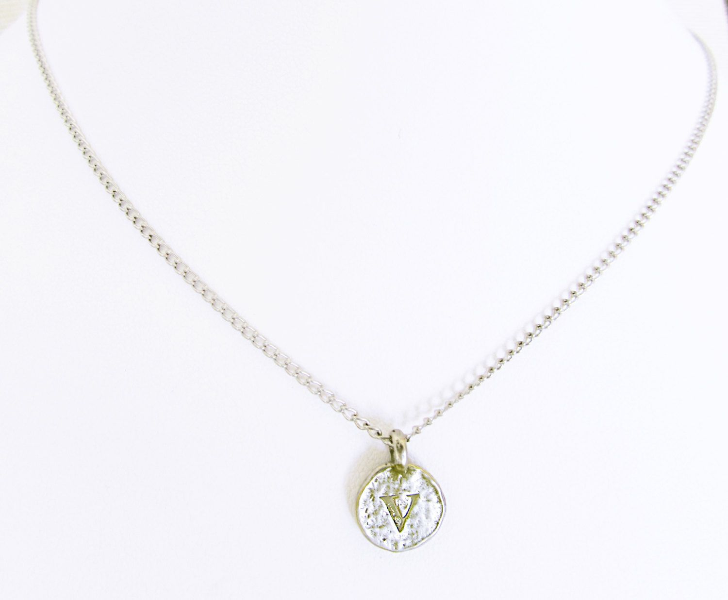 fb78a8101ecda Sterling silver V pendant necklace gift, personalized girlfriend ...