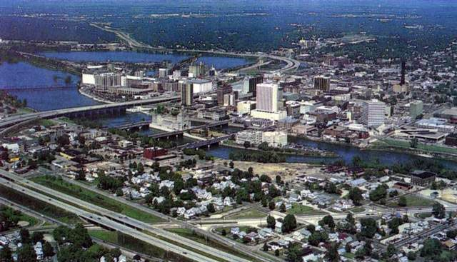 Cedar Rapids Ia The 2nd Largest City In Iowa Land Mass Is