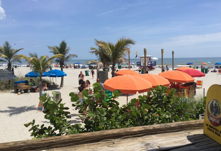 21 Essential Beachside Bars Within Driving Distance Of Orlando Cocoa Beach Florida Restaurants Cocoa Beach Florida Florida Restaurants