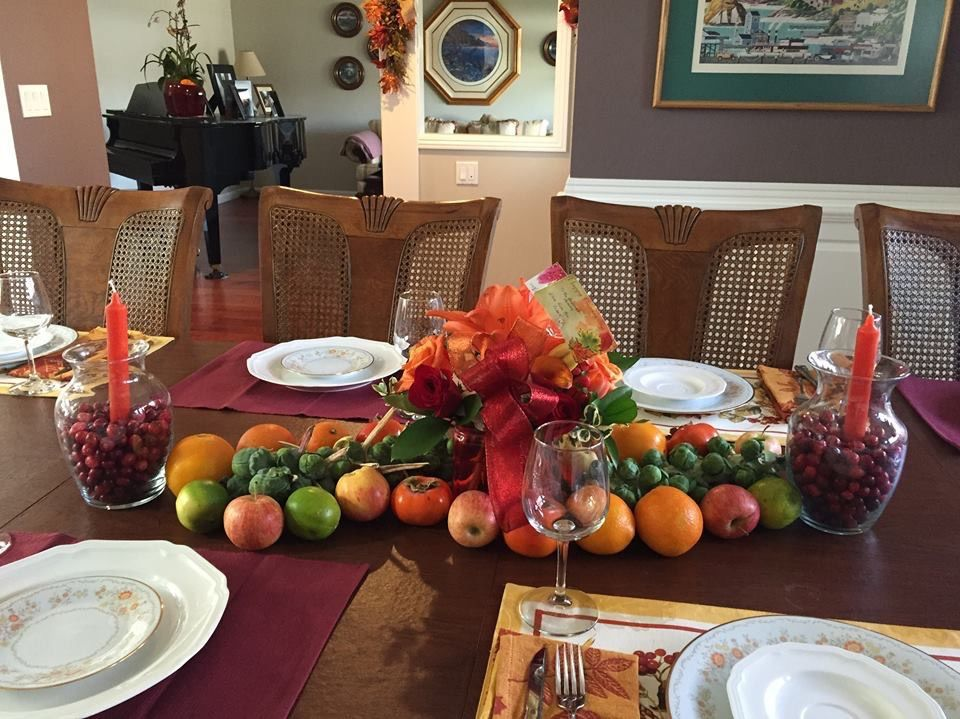 Thanksgiving tablescape   Thanksgiving tablescapes, Table ...