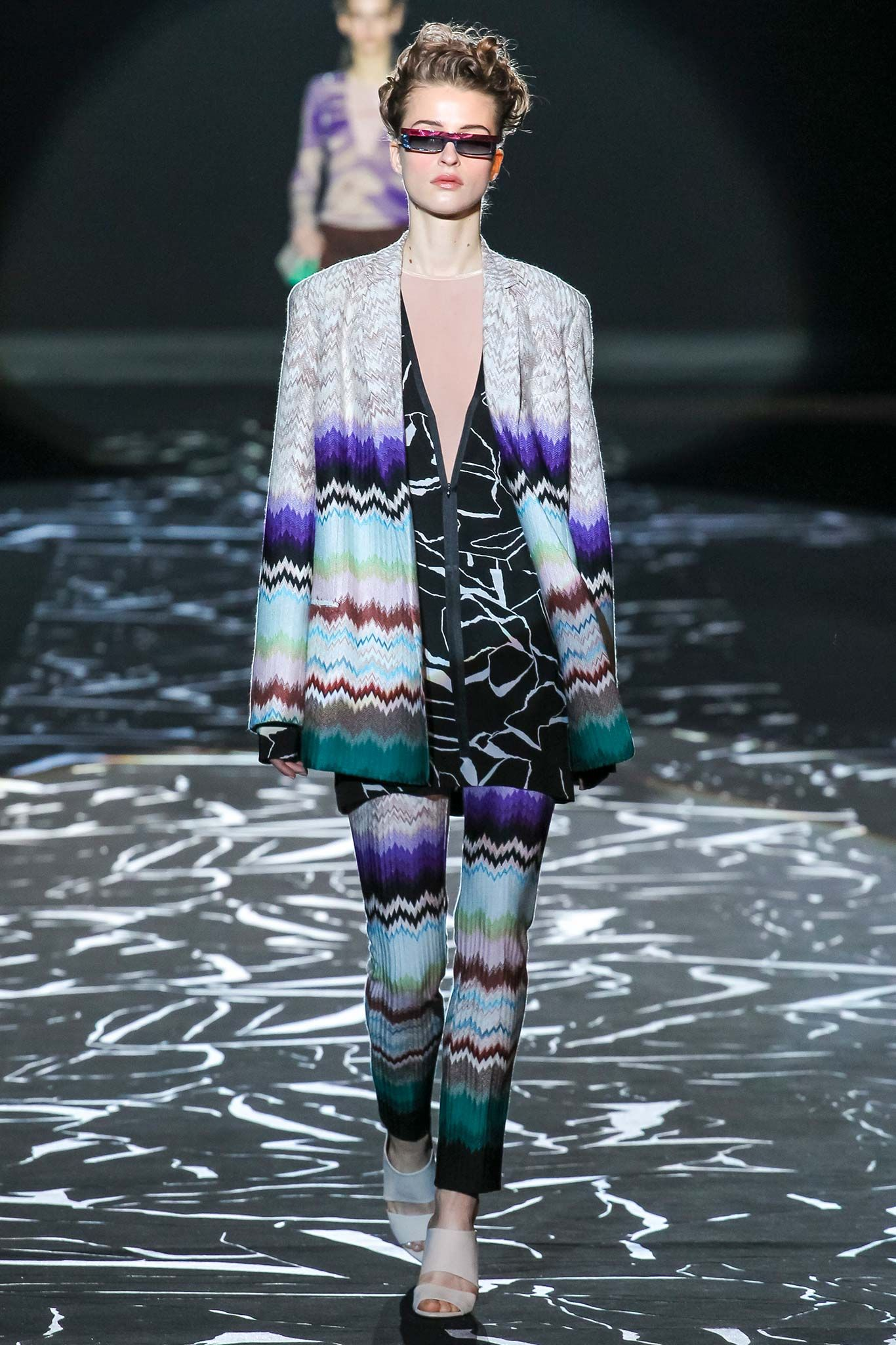 Missoni - Fall 2015 Ready-to-Wear - Look 11 of 37?url=http://www.style.com/slideshows/fashion-shows/fall-2015-ready-to-wear/missoni/collection/11