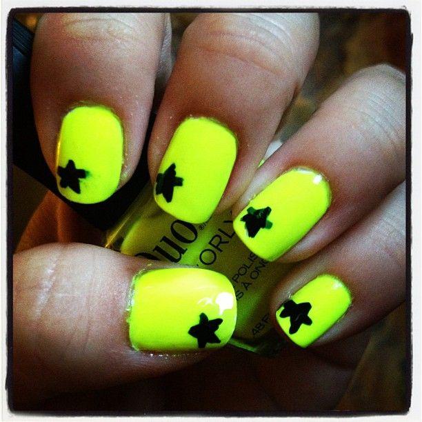 neon yellow nail art