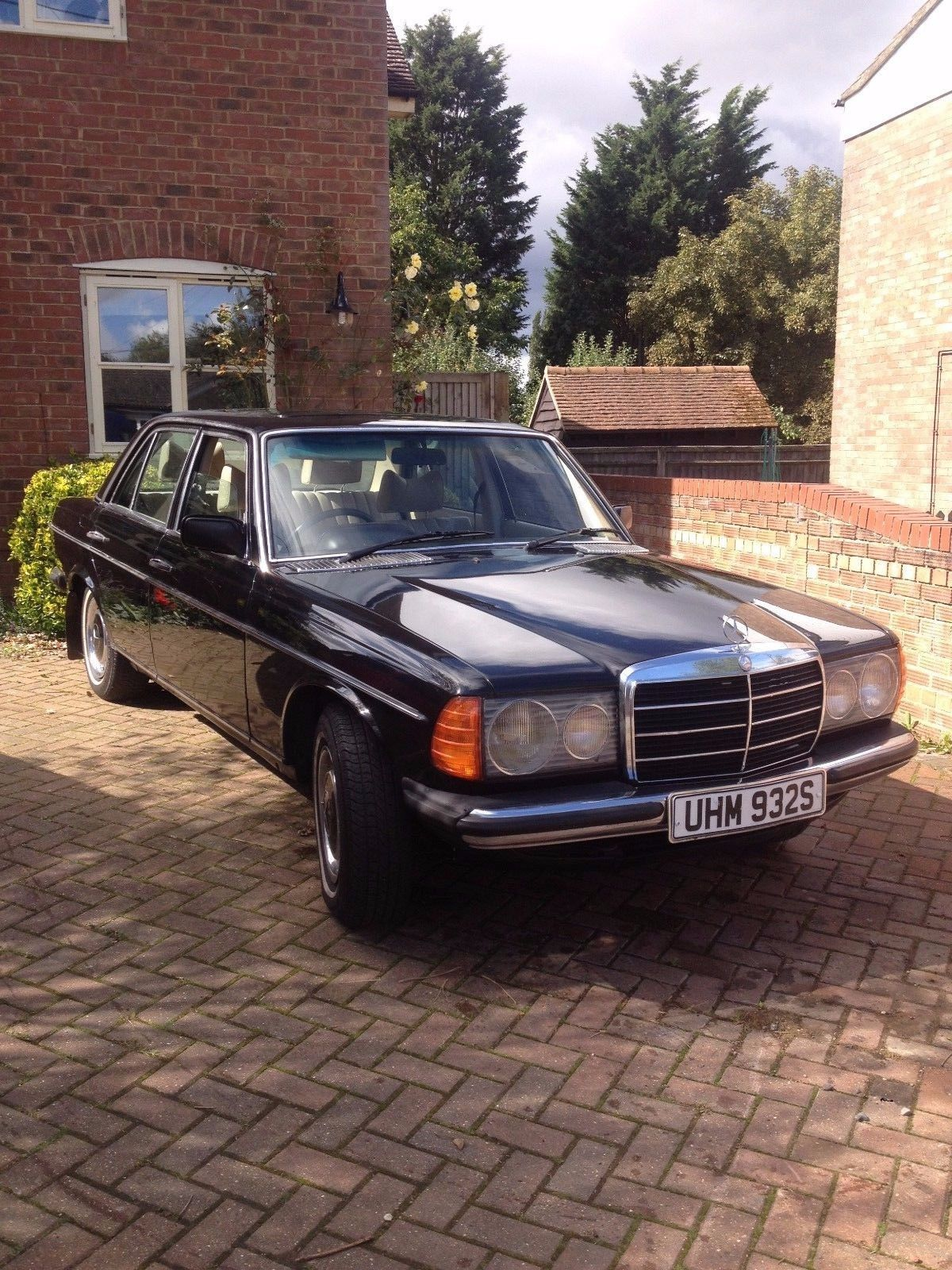 eBay: Black 1977 Mercedes Benz W123 300D MOT Daily Runner/Project For Sale #