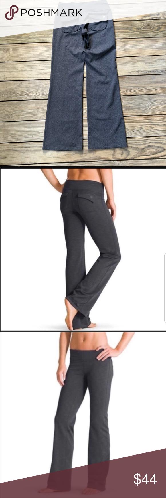 a7edc7319f614 Athleta Fusion Yoga Pants Flare Leg Flap Pocket Athleta Fusion Yoga Pants  Flare Leg Flap Back