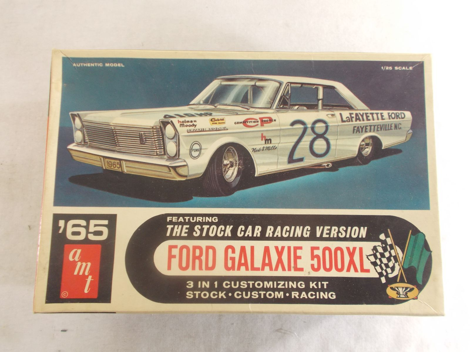 65 Amt Ford Galaxie Stock Car Kit Ford Galaxie Plastic Model
