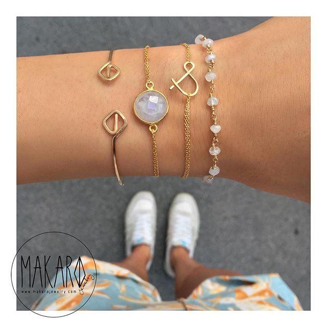 """Find the beauty in everyday."" Hallo neue Woche 😌❤️ #MAKAROjewelry #astackaday"