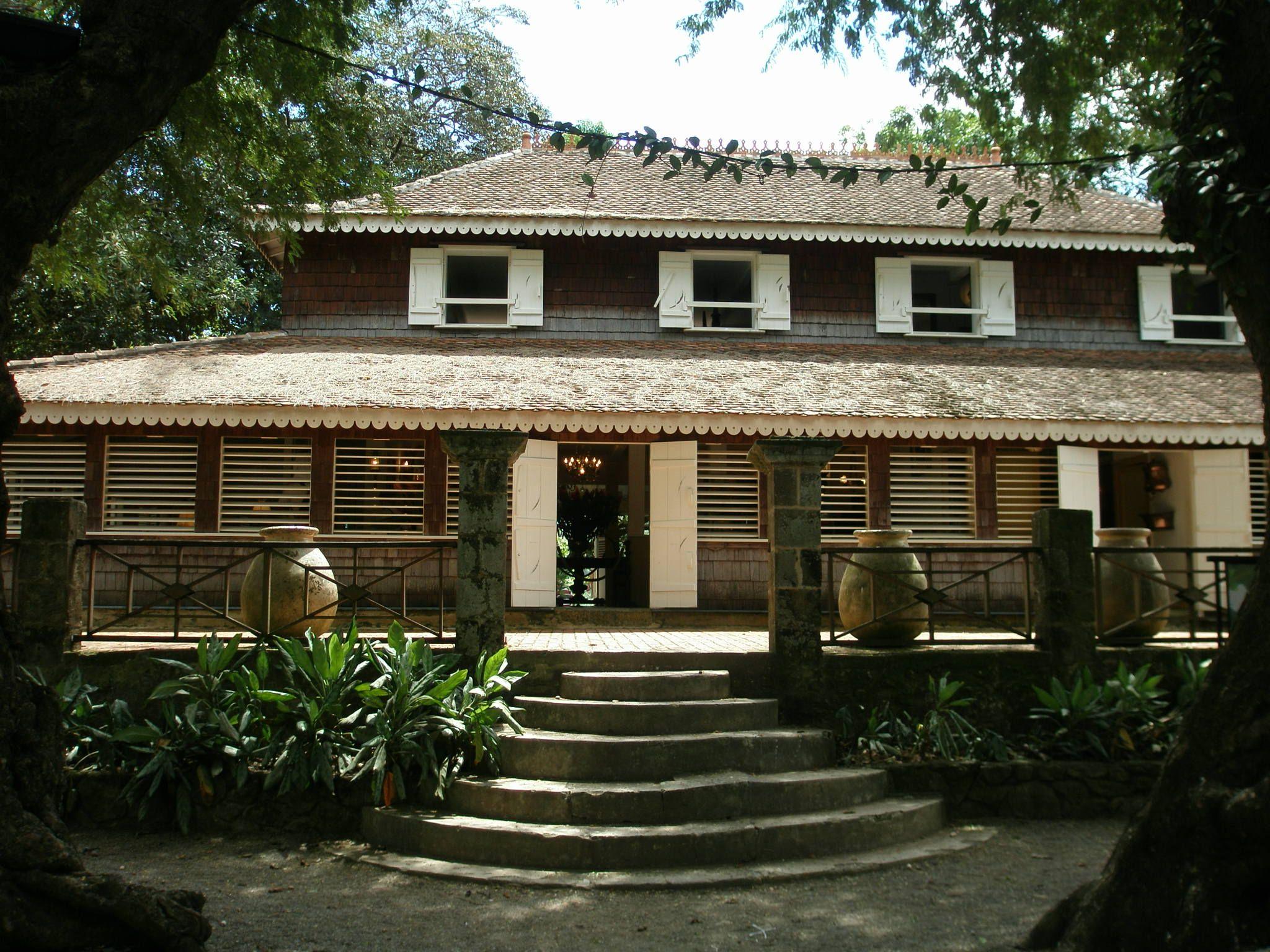 Maison créole - Habitation Clément #Martinique   L'île de la Martinique   Pinterest