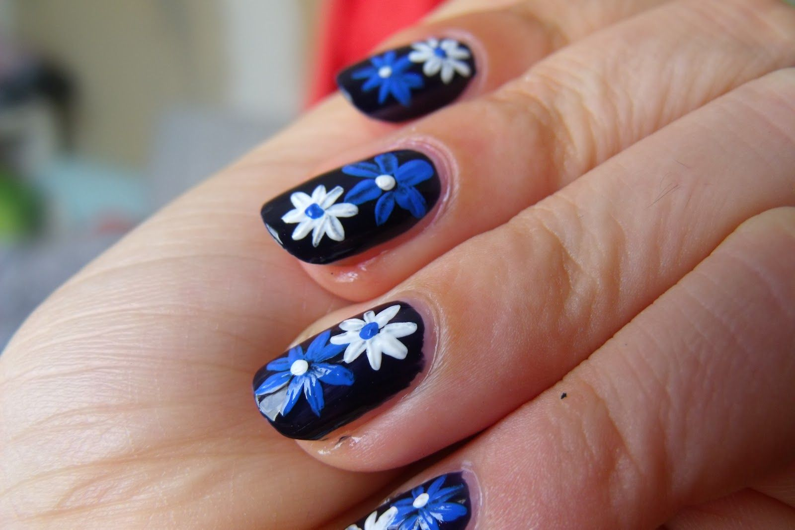 Easy White Blue Flower Nail Designs To Do At Home