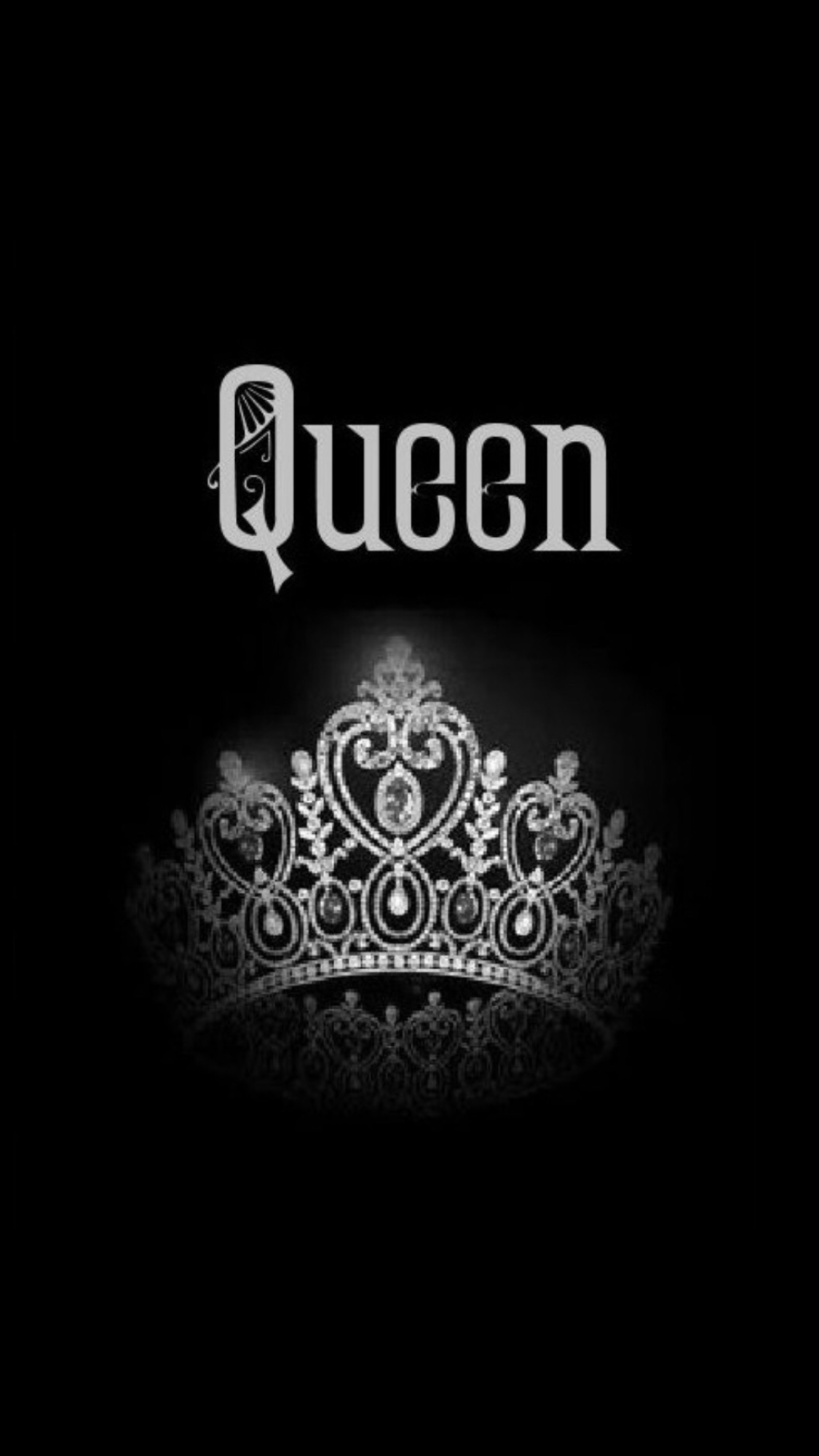 Black Really Sets This Off I Love Black Queens Wallpaper Queen Wallpaper Crown Queen Quotes