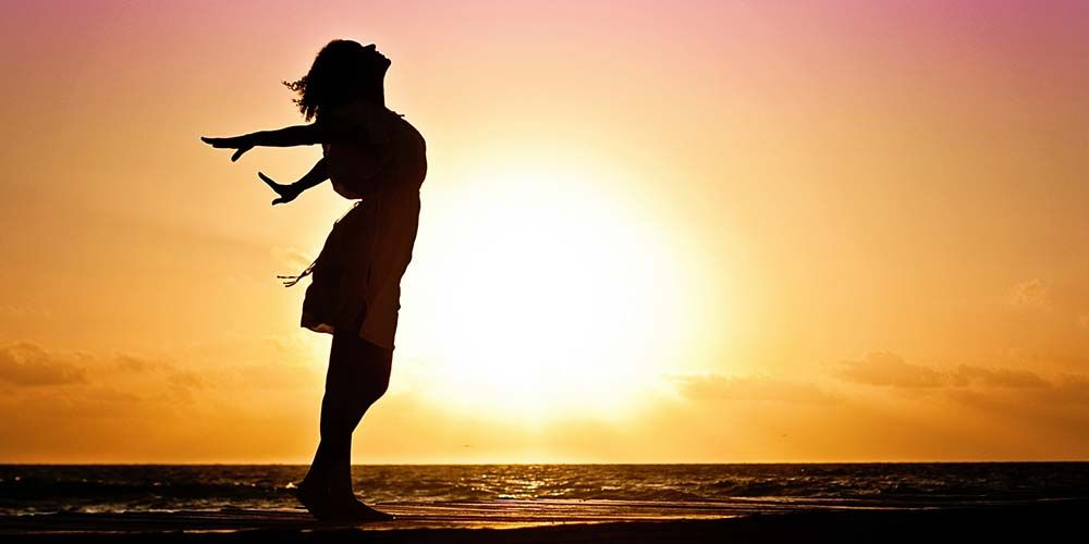 Mulheres Que Voam Silhouette How To Relieve Stress Spiritual Life