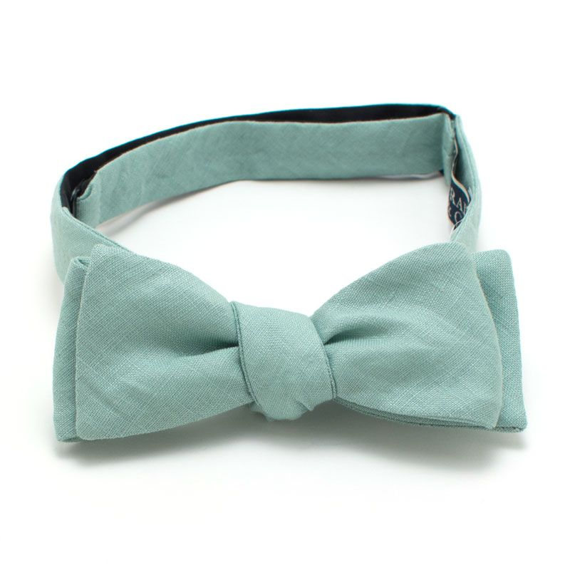 Summer Sage Linen Bow Tie from General Knot & Co.