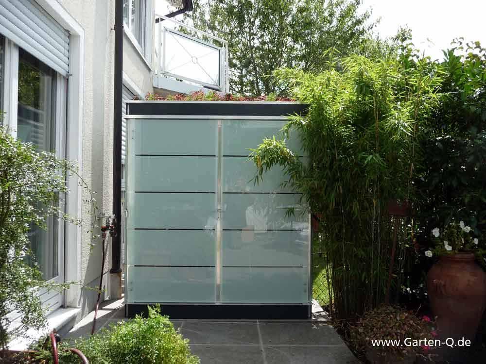 Design Gartenschrank Mit Dachbegrunungsmodul Hier Als Sichtschutz Fur Die Terrasse Verwendet Toller Terrassentrenn Gartenschrank Garten Gartengerateschrank
