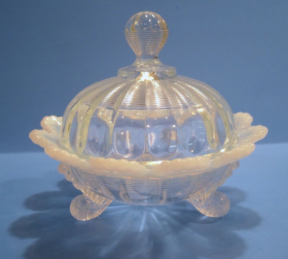VINTAGE WHITE OPALESCENCE FLUTED SCOLLOPED EDGE ROUND COVERED DISH