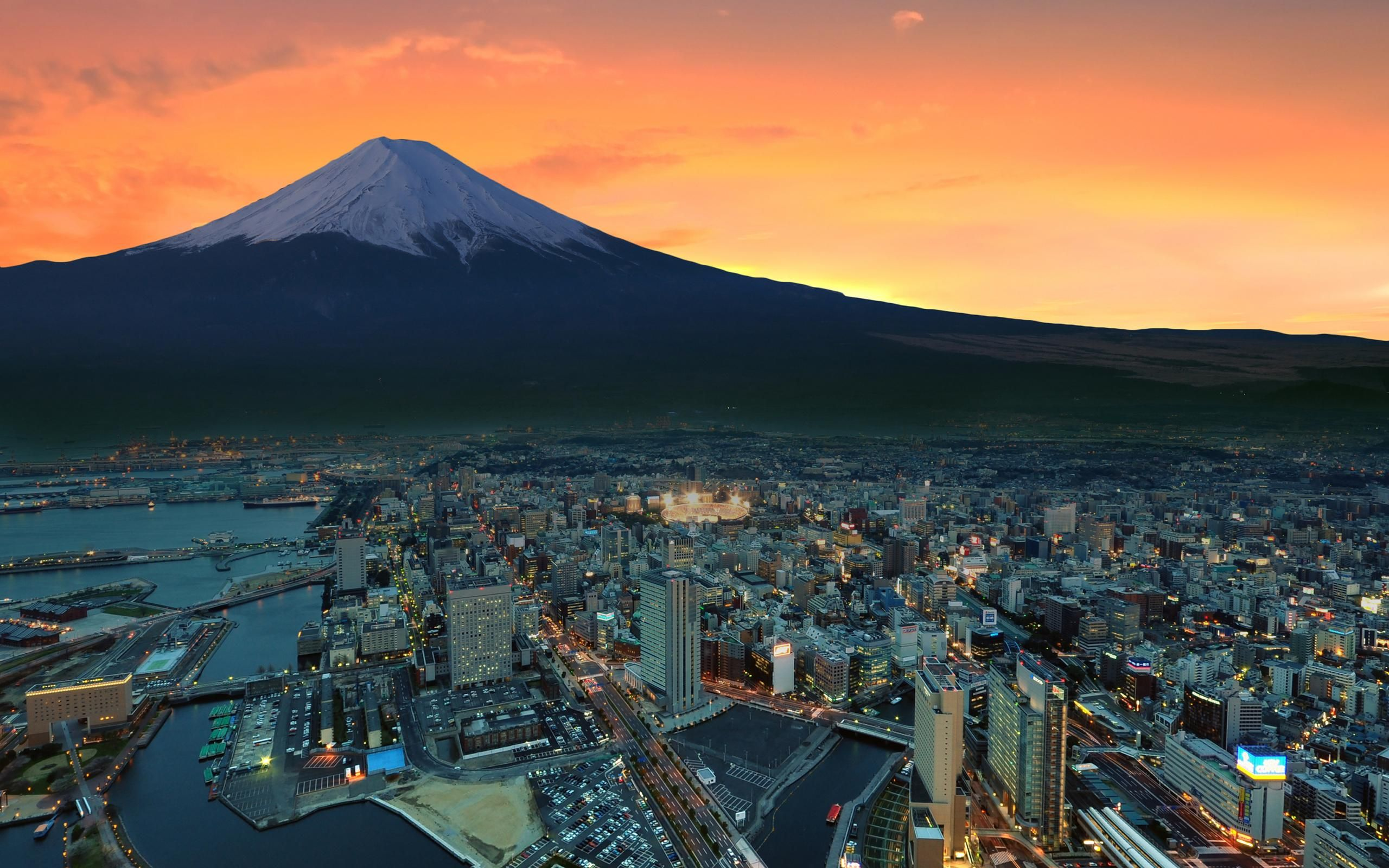 Grand city of Tokyo and mount Fuji(2560x1600) Music