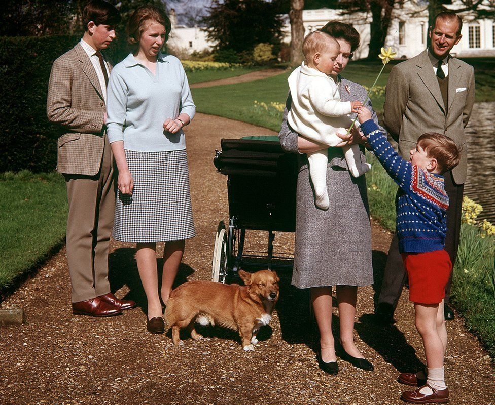 Queen Elizabeth and Prince Philip with their children