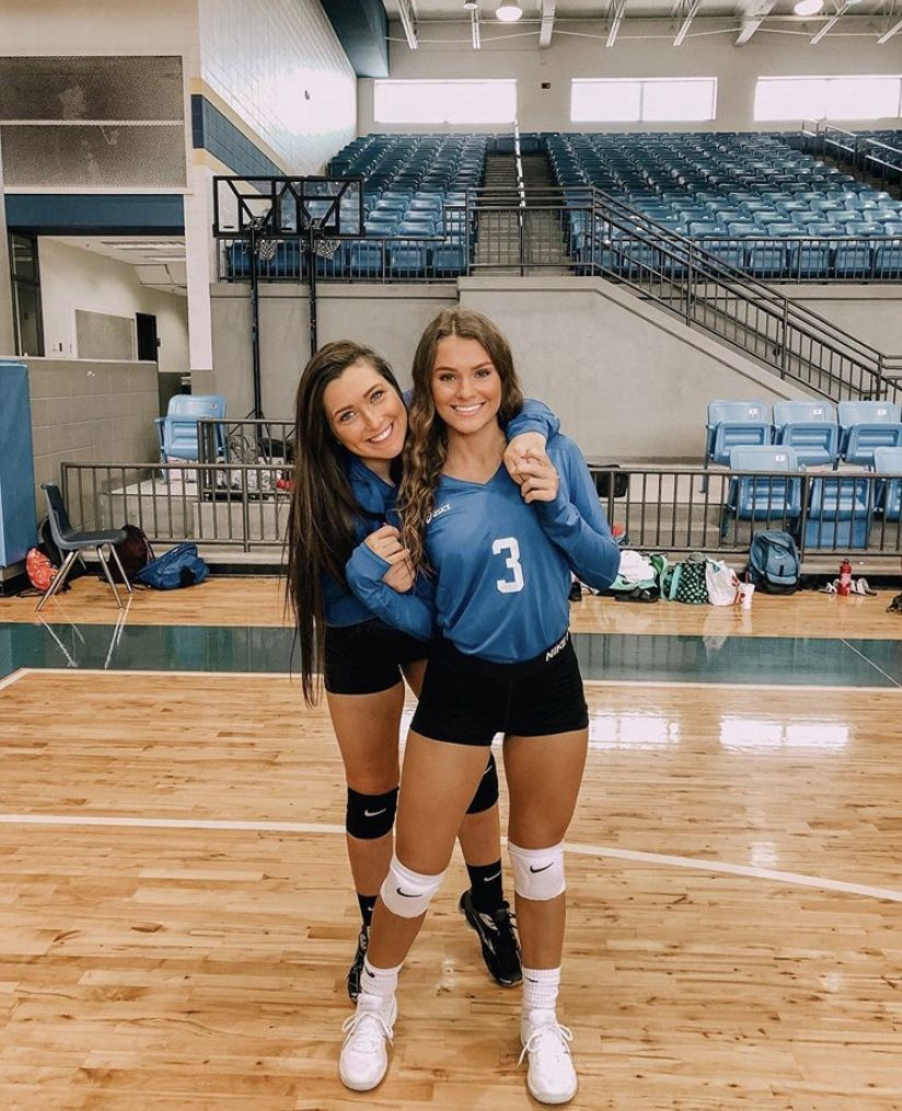 Best Volleyball Matches Pin Juliatops Vsco Juliatops Volleyball In 2020 Volleyball Outfits Volleyball Pictures Volleyball Photos
