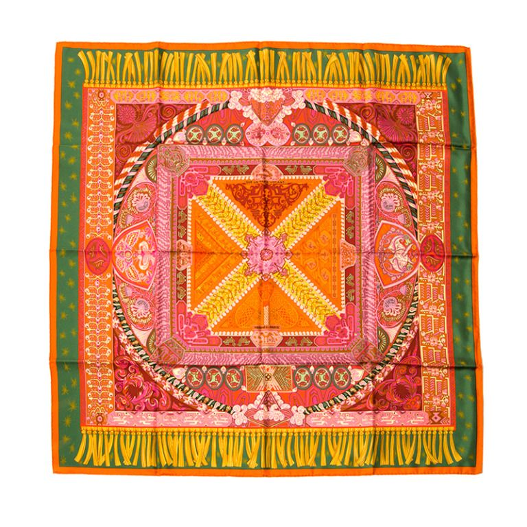carr herm s sur un tapis persan hermes pinterest tapis persan carr hermes et persan. Black Bedroom Furniture Sets. Home Design Ideas