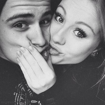 kisses  cute couple selfies couple selfies funny couple