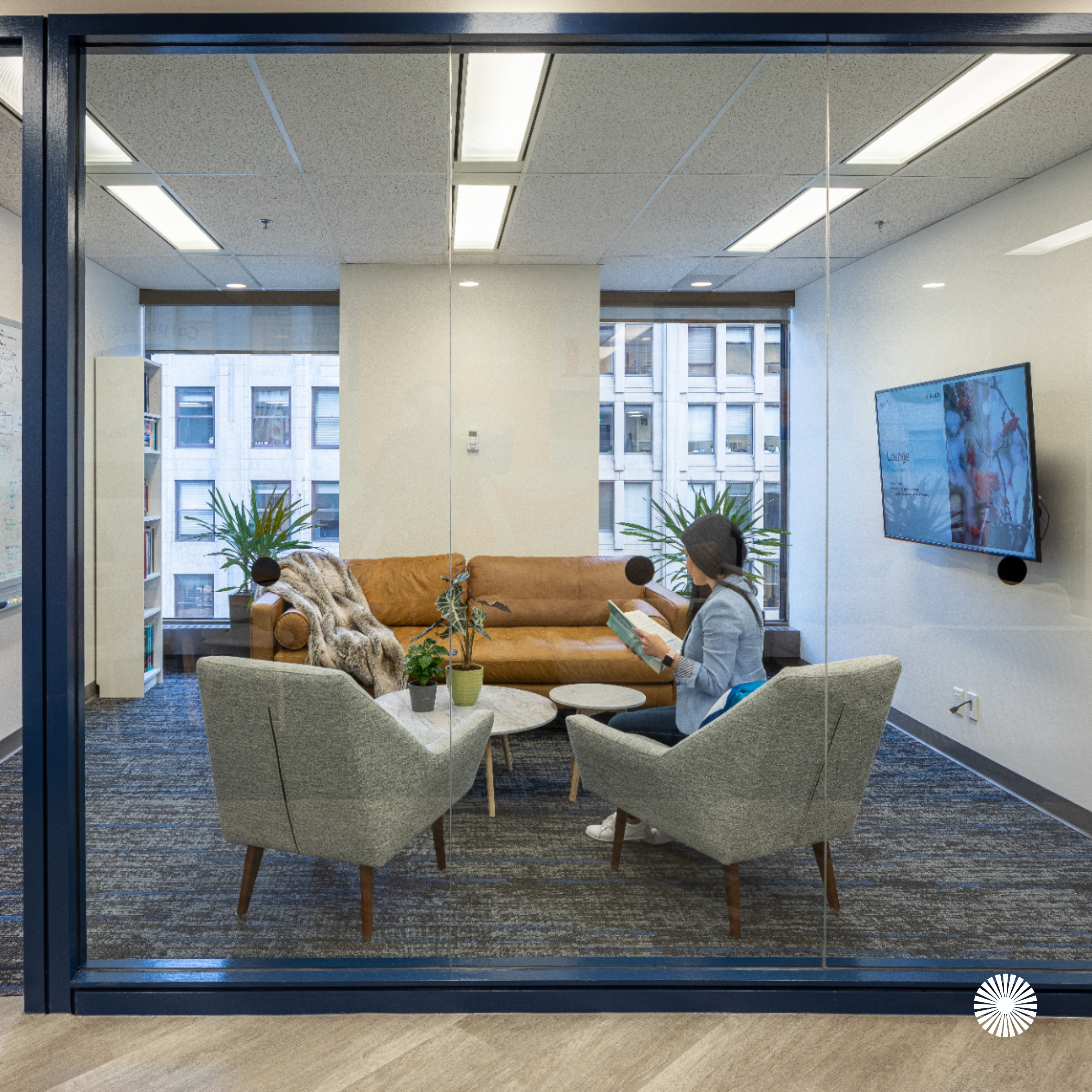 Corporate Finance Institute By Aura Office Environments In 2020 Corporate Office Design Office Design Office Environment