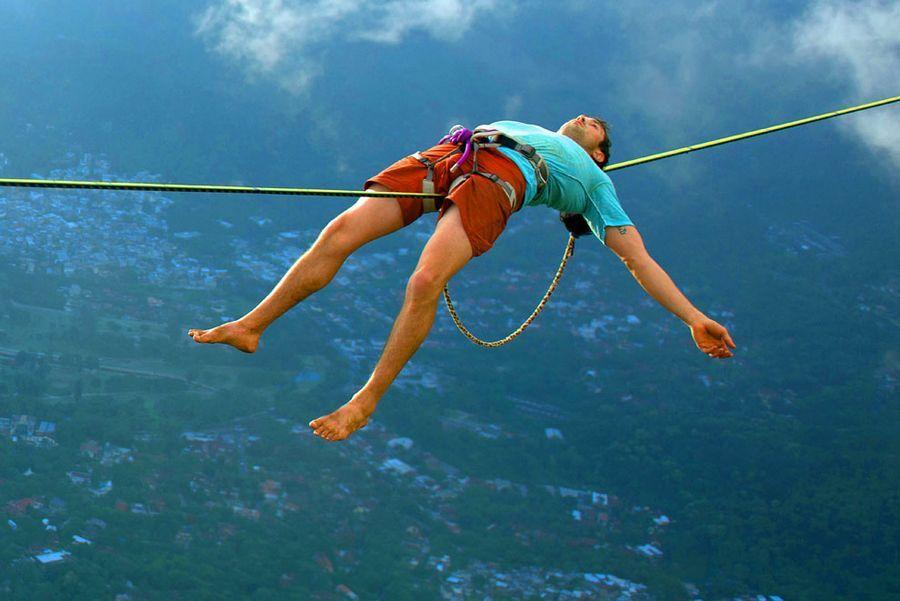 Extreme Sports: Slackline over Rio   Slackline, Adrenaline ...