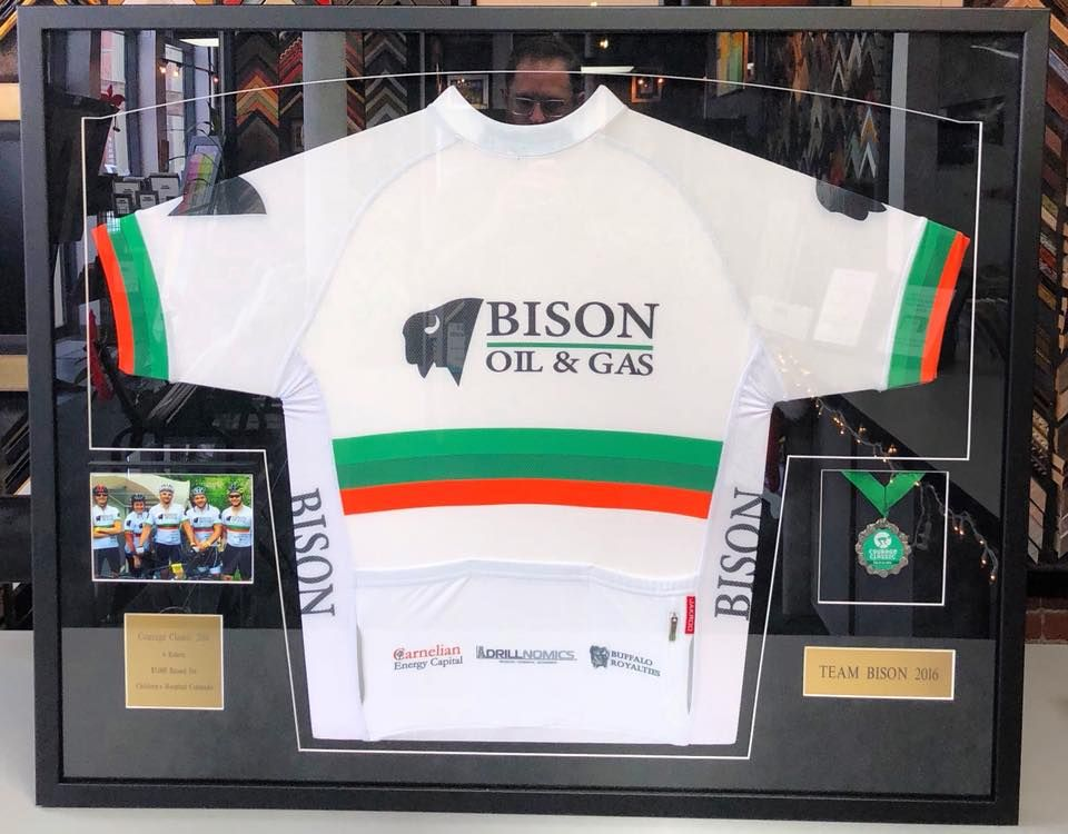 Cycling jersey with photo, medal and name plates custom