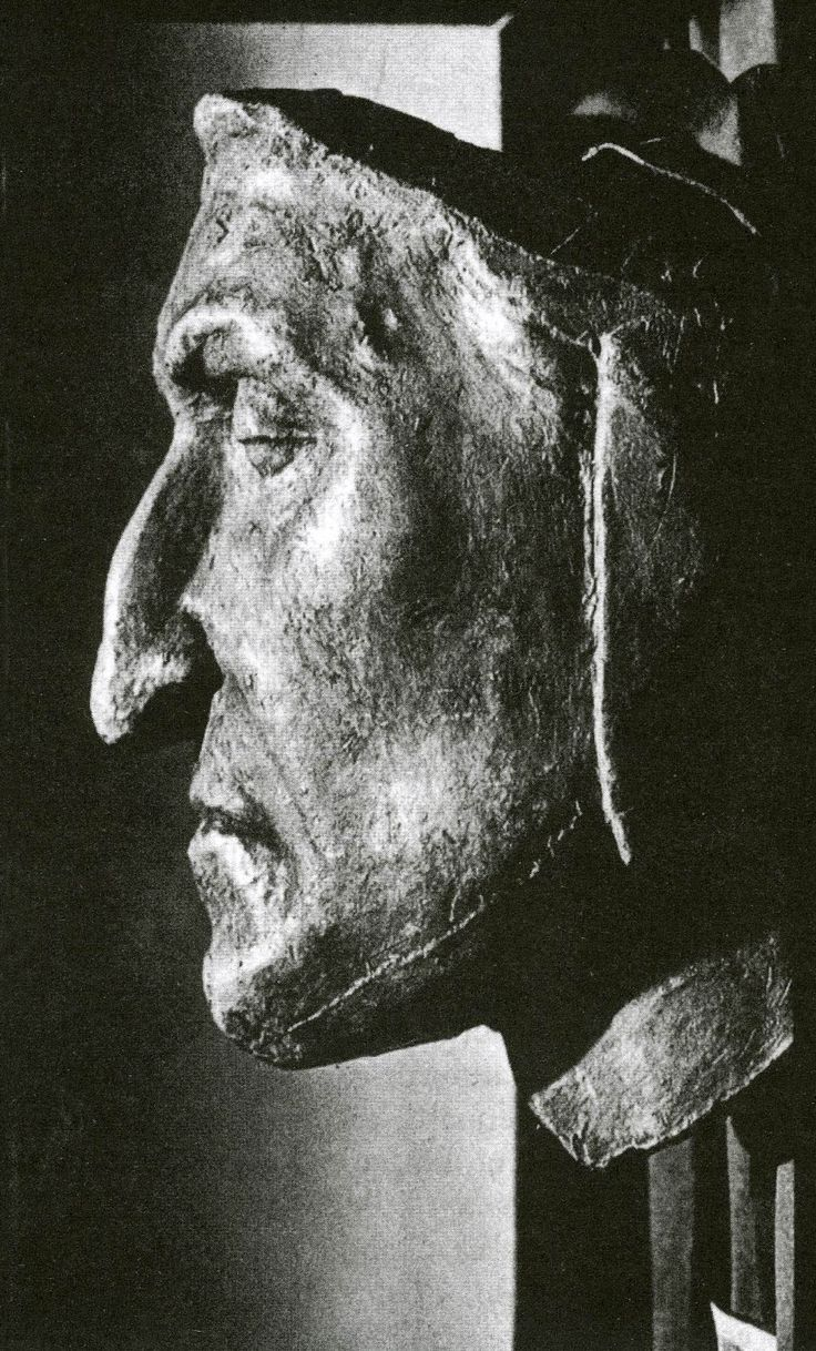 Dante's (d.1320) death mask. Possibly not genuine, but what a haunting photo.