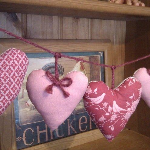 Hearts Garland Wall Hanging in Pretty Tilda Fabrics Pinks  Birds £8.50