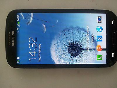 Samsung Galaxy S3 GT-I9300 - 16GB - Blue (Unlocked) Smartphone https://t.co/Q9Y1mfcLsM https://t.co/X1PHvk5bpa