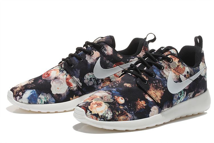new concept ee119 715ec Flower Nike Unisex Roshe One White Gardenia Navy Black Floral Print Brown  Black