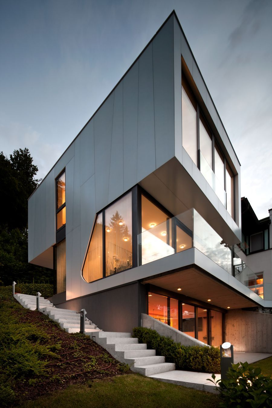 Elegant Austrian Home Blends ly Lake Views With A Minimalist ...